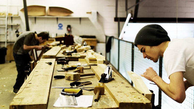 How to become a certified carpenter