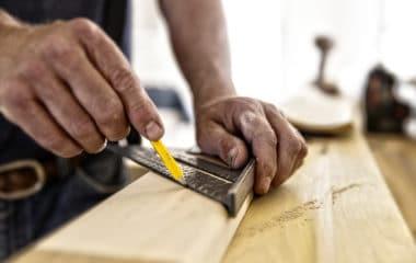 starting a carpenter business