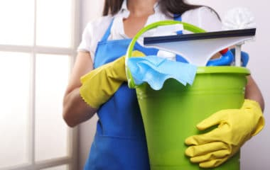 building a successful house cleaning business