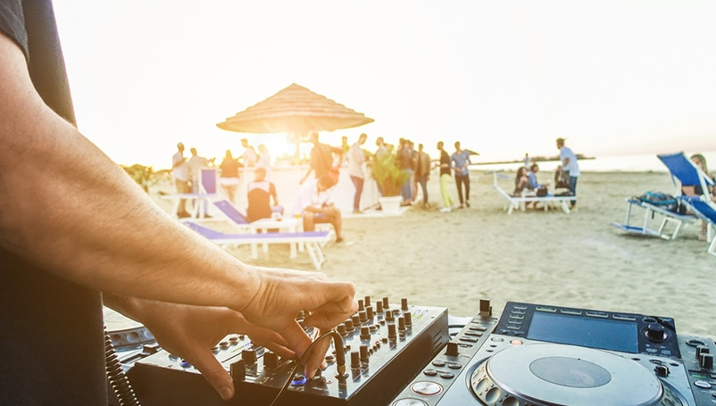 How to Get a DJ License For Your Business: Your Guide to Success