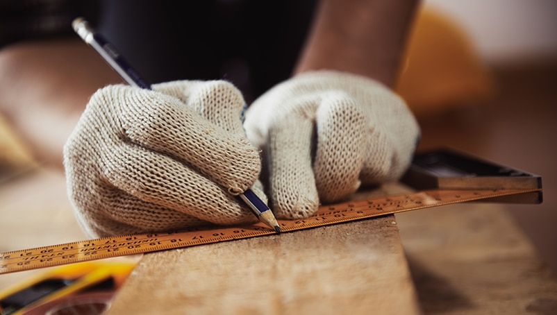 Artisan Contractor Insurance: How to Protect Your Business
